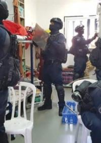 مصلحة السجون تزيل التشويش الالكتروني عن الهواتف بسجن ريمون
