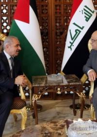 على رأس وفد وزاري ورجال اعمال .. اشتية يصل العراق في زيارة رسمية