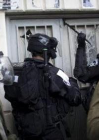الاحتلال يعتقل 8 مواطنين بالضفة