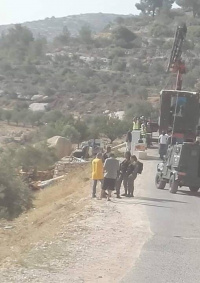 الاحتلال يستولي على بيت متنقل جنوب بيت لحم
