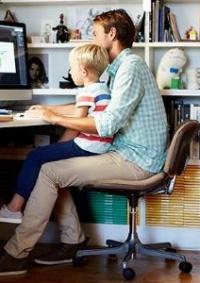 دراسة تنصح الشركات: دعوا موظفيكم يعملون من البيت