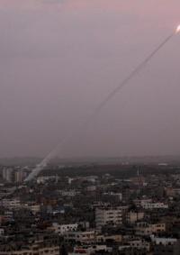 سقوط صاروخ أطلق من غزة داخل القطاع