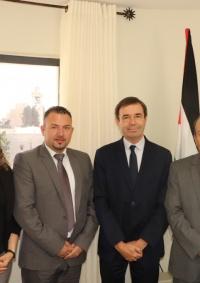 حنانيا يتسقبل نائب رئيس بلدية شارتر المتوأمة مع بيت لحم