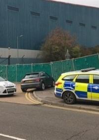 الشرطة البريطانية تعثر على 39 جثة بشاحنة