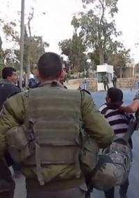 الاحتلال يعتقل طفلين شقيقين من الجديرة شمال غرب القدس