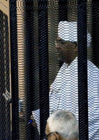 الحكم بالسجن 10 سنوات على الرئيس السوداني المعزول