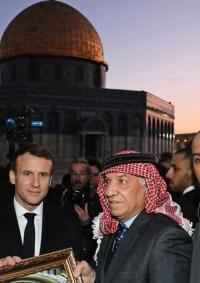 ماكرون يزور باحات المسجد الأقصى