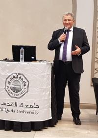أ.د. أبو كشك يبدأ جولة في جنوب افريقيا لحشد الدعم لطلبة جامعة القدس