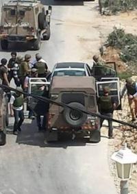 اعتقال شاب وتسليم بلاغات استدعاء شمال نابلس