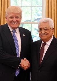 مسؤول: الرئيس محمود عباس رفض تلقي اتصالاً من ترامب
