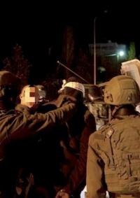 الاحتلال يعتقل 5 مواطنين من الضفة والقدس