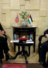 اشتية يبحث التطورات السياسية مع وزيرة خارجية النرويج