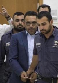 الاحتلال يعتقل محافظ القدس وعددا من المواطنين