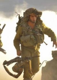 مناورات إسرائيلية بغلاف غزة وإطلاق نار برًا وبحرًا