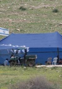 مستوطنون ينصبون خيمة في أراض ببلدة بتير غرب بيت لحم