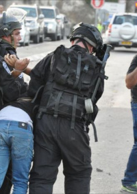 الاحتلال يعتقل شابين من سلوان بالقدس