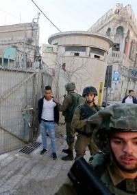 الاحتلال يعتقل 3 مواطنين من بيت لحم وطولكرم