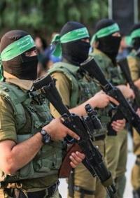 صحيفة: حماس تمهل الاحتلال حتى الثلاثاء لإدخال المنحة القطرية للموظفين