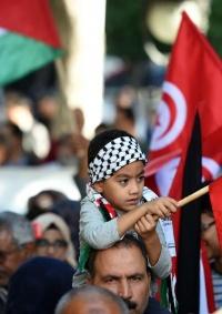 تونس: تصاعد الغضب الشعبي والحزبي ضد التطبيع الاماراتي