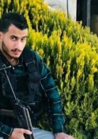 الاحتلال يواصل عزل الأسير محمد عياد منذ اعتقاله