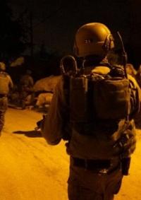 الاحتلال يعتقل شابا جنوب الخليل
