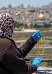 4 وفيات و122 إصابة بكورونا في القدس خلال يومين