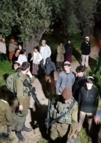 مستوطنون يقتحمون أطراف حي الطيرة برام الله