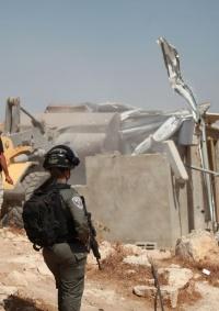 الاحتلال يهدم ثلاثة منازل في مسافر يطا جنوب الخليل