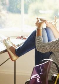 هل تجعلك ساعات العمل قلقا؟.. إليك بعض النصائح لإدارة مشاعرك