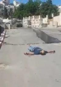 (محدث) استشهاد شاب برصاص الاحتلال وسط بالخليل