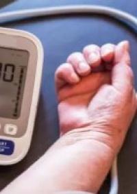3 علامات تدل على أن ضغط الدم لديك مرتفع بشكل خطير