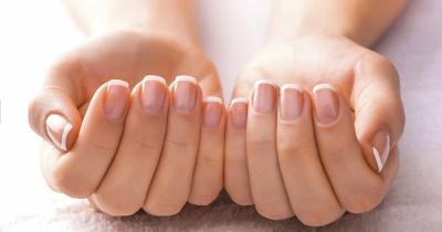 مخاوف شائعة حول الأظافر تشير إلى مشاكل صحية في الجسم