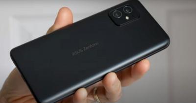هاتف 5G مميّز سيعزّز مبيعات آسوس في سوق الأجهزة المحمولة