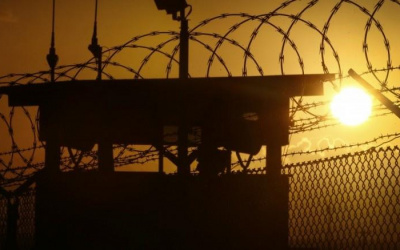 ثلاثة أسرى يواصلون إضرابهم المفتوح عن الطعام في ظروف اعتقالية صعبة