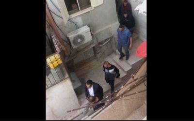 الاحتلال يعتقل محافظ القدس من منزله في بلدة سلوان