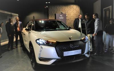 (صور) سيارة (DS3 CROSSBACK) الفرنسية والجديدة كلياً الآن في  السوق الفلسطيني