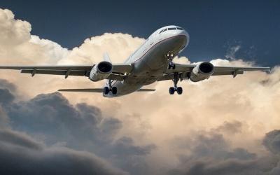 ألمانية تخطط للزواج بطائرة بوينغ وصفتها بـ