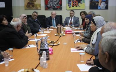 بيتونيا: جلسة تؤكد رفض صفقة القرن وتدعوللوحدة للإطاحة بمشاريع الاحتلال التصفوية