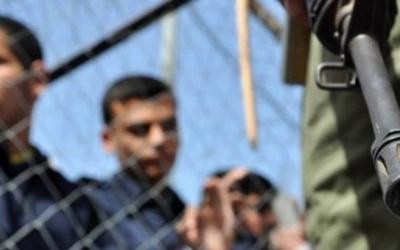 الاحتلال يحكم بالمؤبد على الأسير سحبان الطيطي من الخليل