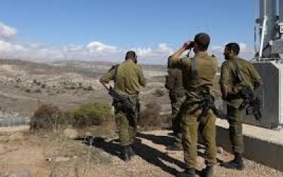 الجيش الاسرائيلي يزعم العثور على أسلحة وعبوات ناسفة مكان استهداف خلية الجولان