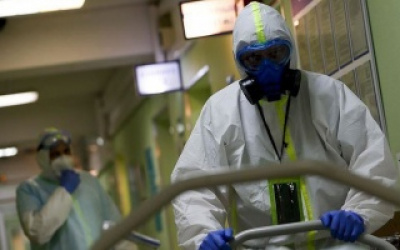 انخفاض كبير - الصحة الإسرائيلية: 16 حالة وفاة بكورونا و 826 إصابة جديدة