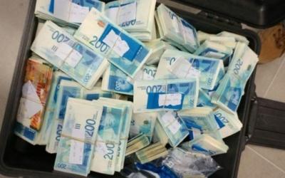 حسين الشيخ: حكومة الإحتلال تحوّل أموال المقاصة كاملةً