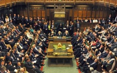 تقرير يحذّر من تراجع أهمية القضية الفلسطينية داخل حزب العمال البريطاني