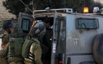 الاحتلال يعتقل مواطنا على حاجز بيت حانون