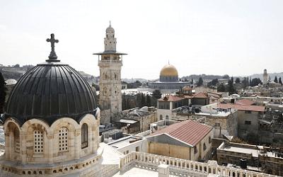 كنائس فلسطين تدق أجراسها دعما لغزة ونصرة للقدس
