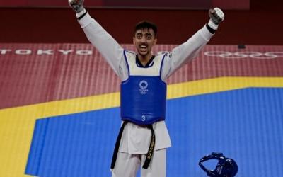 أول ميدالية عربية في أولمبياد طوكيو يحرزها لاعب التايكوندو التونسي محمد الجندوبي