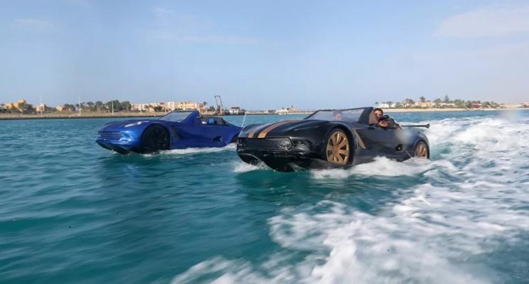"""""""محلية الصنع""""...سيارة مصرية تسير فوق الماء"""